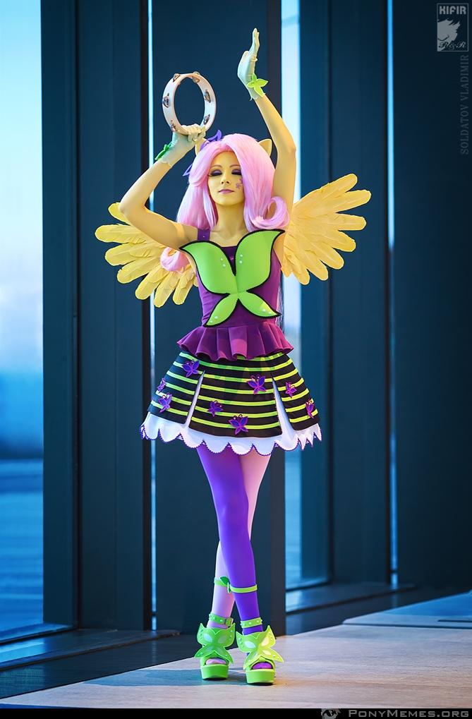 Equestria Girls Fluttershy cosplay